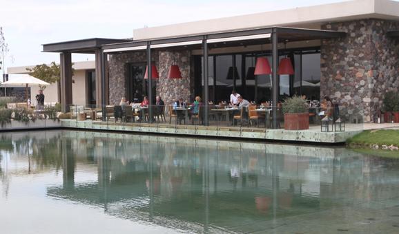 Siete Fuegos restaurant at the Vines of Mendoza Hotel and Vineyards Uco Valley, Mendoza, Argentina | Photo: Eddy Ancinas